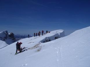 sécurité neige et avalanche en montagne hivernale
