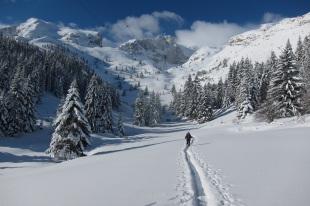Pente , neige et avalanche